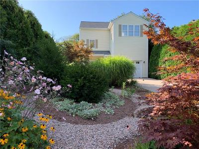 South Kingstown Single Family Home For Sale: 36 Marine Road