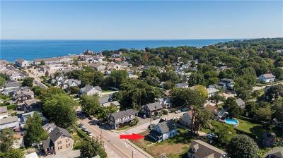 Narragansett Single Family Home For Sale: 80 Narragansett Avenue