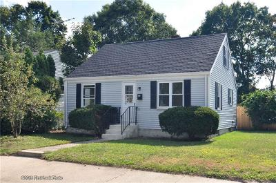 Pawtucket Single Family Home For Sale: 57 Dodge Street