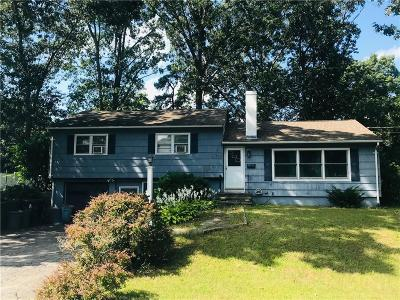 North Kingstown Single Family Home Active Under Contract: 121 Glenwood Drive
