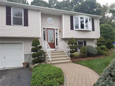 East Providence Single Family Home For Sale: 7 Rachella Court