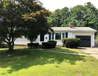 North Kingstown Single Family Home For Sale: 14 Clearview Drive