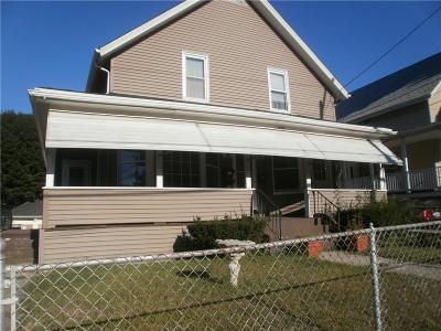 Woonsocket Multi Family Home For Sale: 675 Park Avenue