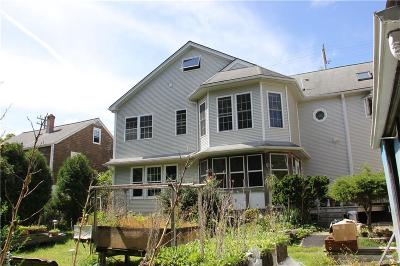 Woonsocket Single Family Home For Sale: 872 Manville Road