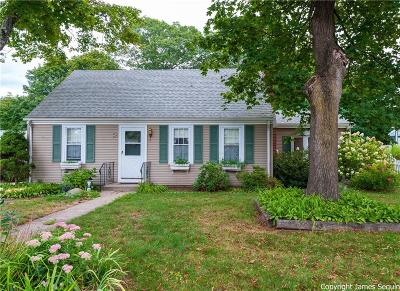 Pawtucket Single Family Home For Sale: 59 Pinecrest Drive