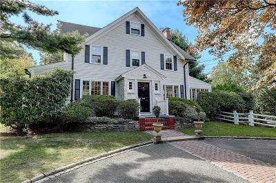 Barrington Single Family Home For Sale: 467 Washington Road
