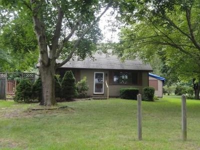 Westerly Single Family Home For Sale: 71 N Woody Hill Road