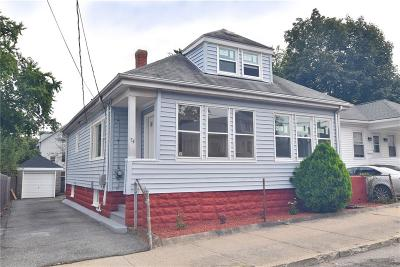 Pawtucket Single Family Home For Sale: 54 Fairview Avenue