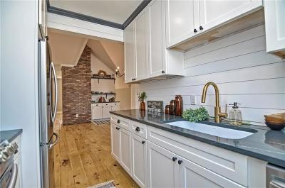 Condo/Townhouse For Sale: 16 9th Street #2