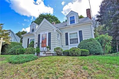 North Smithfield Single Family Home For Sale: 96 White Parkway
