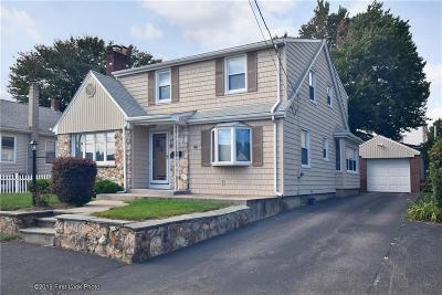 North Providence Single Family Home For Sale: 93 Vincent Avenue