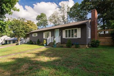 Barrington Single Family Home For Sale: 5 Cherry Lane
