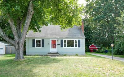 North Kingstown Single Family Home For Sale: 94 Rosemary Drive
