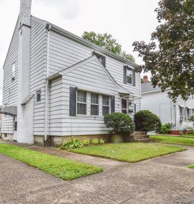 Cranston RI Single Family Home For Sale: $239,900
