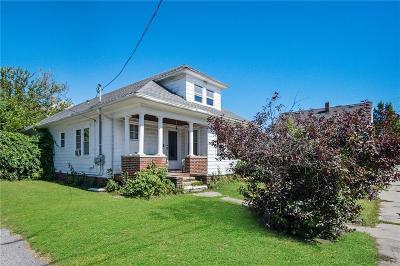 Cranston RI Multi Family Home For Sale: $189,900