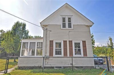 East Providence Single Family Home For Sale: 35 Willow Street