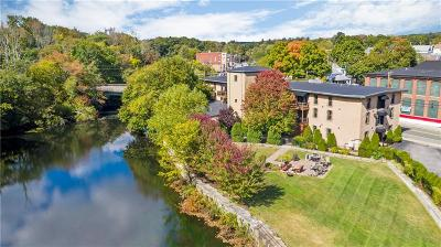 West Warwick Condo/Townhouse For Sale: 771 Main Street #2