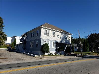 Cranston RI Multi Family Home For Sale: $334,900