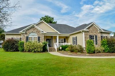 Warrenville Single Family Home For Sale: 323 Birch Wood Ct.