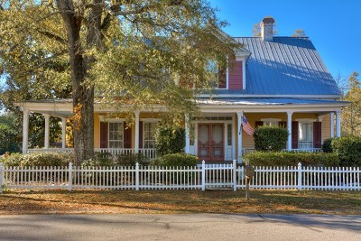 Edgefield County Single Family Home For Sale: 607 Edisto St