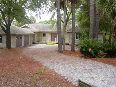 Fripp Island Single Family Home For Sale: 643 Dolphin Road