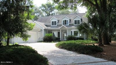 Beaufort County Single Family Home For Sale: 24 Reeve Court