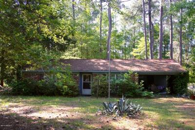 Single Family Home Sold: 702 Old House Road