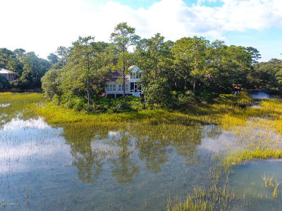 Beaufort County Single Family Home For Sale: 12 Butterfield Lane