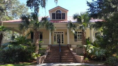 Single Family Home Sold: 218 Old Plantation Drive W