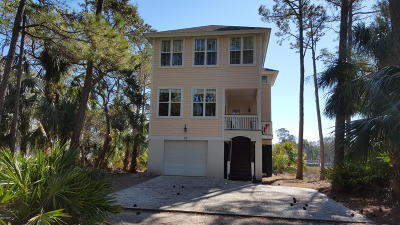 Beaufort County Single Family Home For Sale: 83 Ocean Creek Boulevard