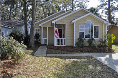 Beaufort, Beaufort Sc, Beaufot, Beufort Single Family Home For Sale: 2907 Waters Edge Court