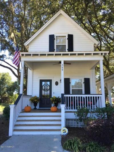Single Family Home For Sale: 360 Live Oak Road