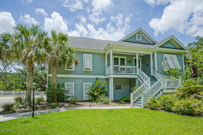 Beaufort Single Family Home For Sale: 8 Turnstone Drive, South