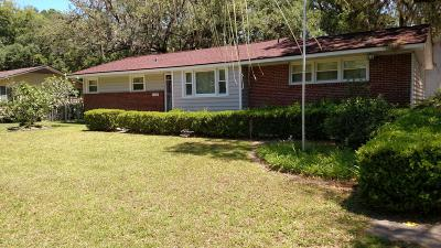 Beaufort County Single Family Home For Sale: 1609 Aster Street