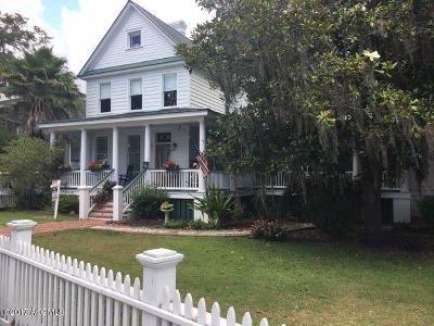 Historic Dist/Old Pt., Historic District/Bay Single Family Home For Sale: 1307 Bay Street