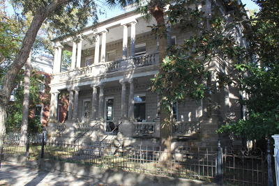Historic Dist/Old Pt., Historic District/Bay Single Family Home For Sale: 607 Bay Street