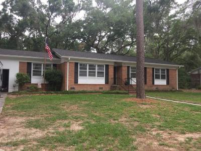 Beaufort County Single Family Home For Sale: 2615 Live Oak Circle