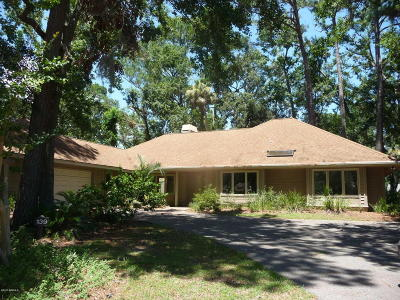Beaufort County Single Family Home For Sale: 139 Headlands Drive