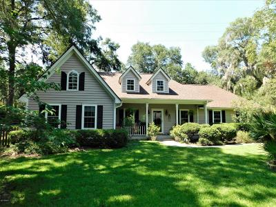 Beaufort County Single Family Home For Sale: 15 Wildwood Lane