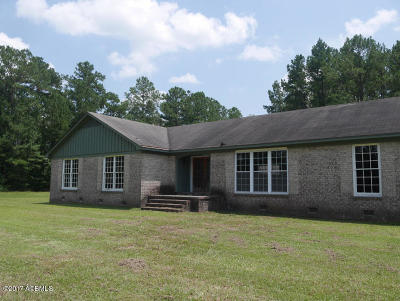 Single Family Home For Sale: 35 Minnow Lane