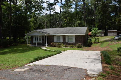 Beaufort County Single Family Home For Sale: 2405 N Pine Court