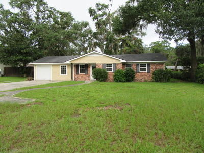 Beaufort County Single Family Home For Sale: 614 Mystic Drive W