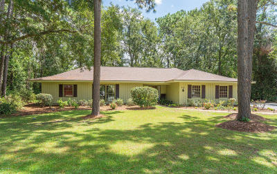 Beaufort County Single Family Home For Sale: 72 Wade Hampton Drive