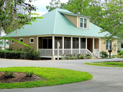 Beaufort County Single Family Home For Sale: 102 Ponvert Drive