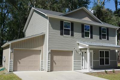 Beaufort County Single Family Home For Sale: 2 Mint Farm Drive