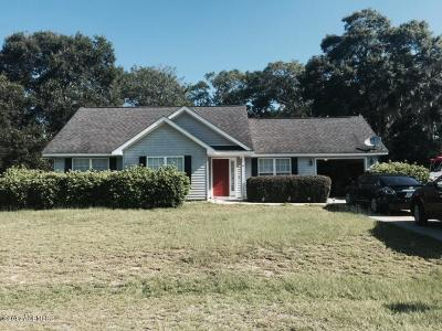 Beaufort County Single Family Home For Sale: 4 Fig Drive
