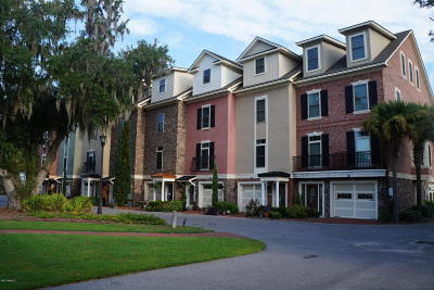Beaufort Condo/Townhouse For Sale: 46 Battery Creek Club Drive
