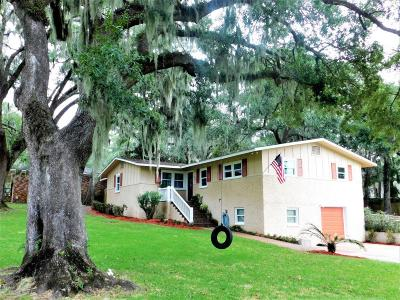 Beaufort County Single Family Home For Sale: 703 Battery Creek Road