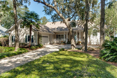 Beaufort County Single Family Home For Sale: 705 Island Circle E