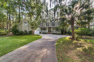 Beaufort County Single Family Home For Sale: 4 Sugar Mill Drive
